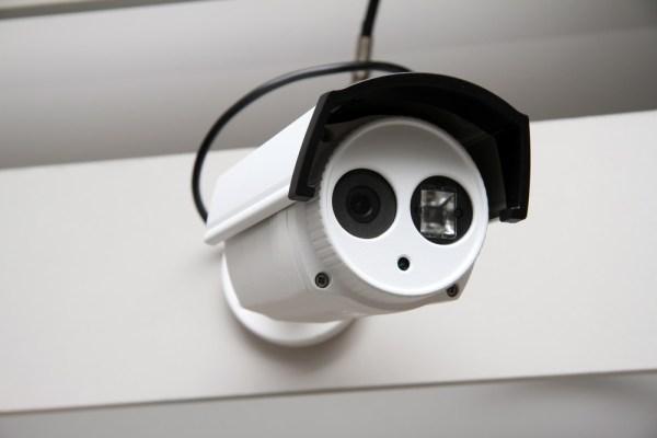 IP Camera Day Night Surveillance