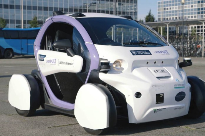 Driverless car tested by Oxford