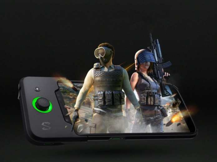Xiaomi Black Shark with gamepad