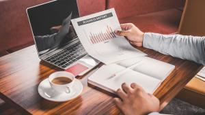 Advantages and Disadvantages of Digital Marketing