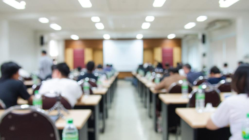 Advantages and Disadvantages of Offline Classes