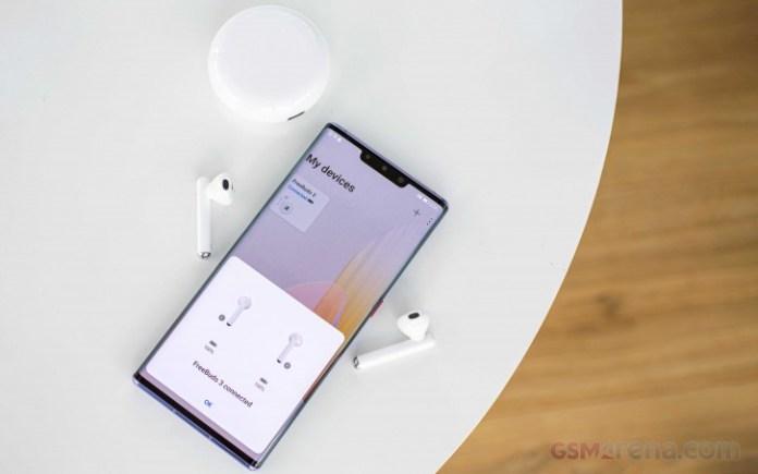 Huawei reveals it sold 240 million smartphones in 2019