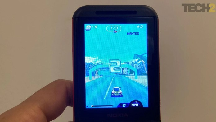 Asphalt 6 on Nokia 5310. Image: tech2/Nandini Yadav