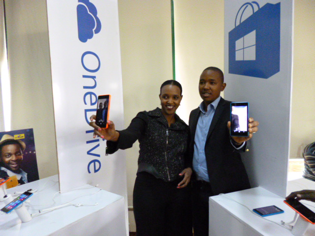 Mariam Abdulahi Microsoft Mobile GM and King'ori Gitahi Product Manager display the Lumia 540 launched yesterday at the iHub