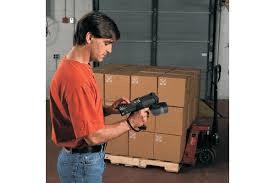 Man scanning