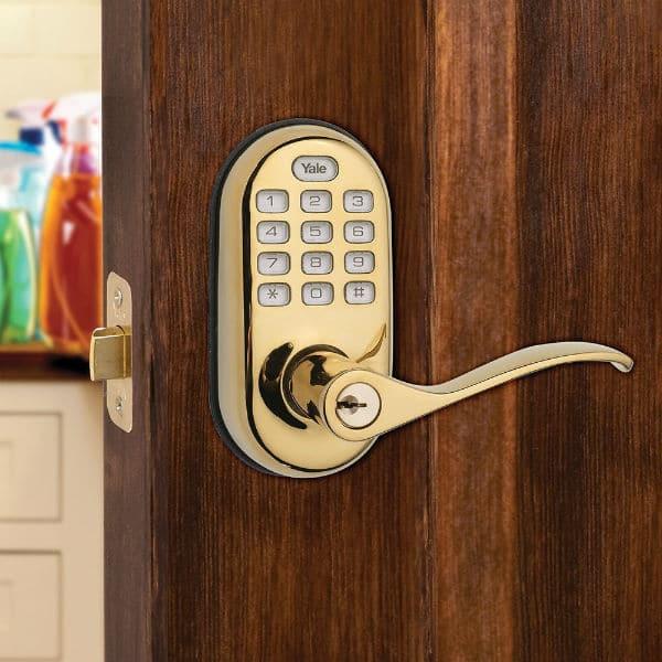 smart locks Yale