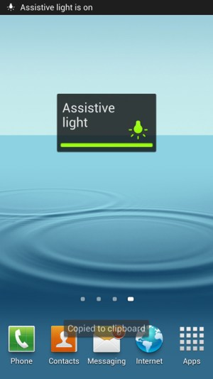 use-samsung-android-phone-as-flashlight-without-app