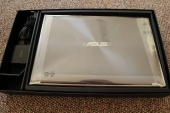 asus-ux31a-box-contents