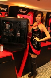 Computex2014-Booth-babes-P101