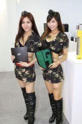 Computex2014-Booth-babes-P115