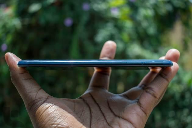 Nokia-8-Left-Side