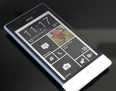 Windows Phone With black live tiles