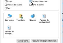 Desmarcando la casilla de la Papelera de reciclaje en cómo ocultar la Papelera de reciclaje del Escritorio en Windows 10