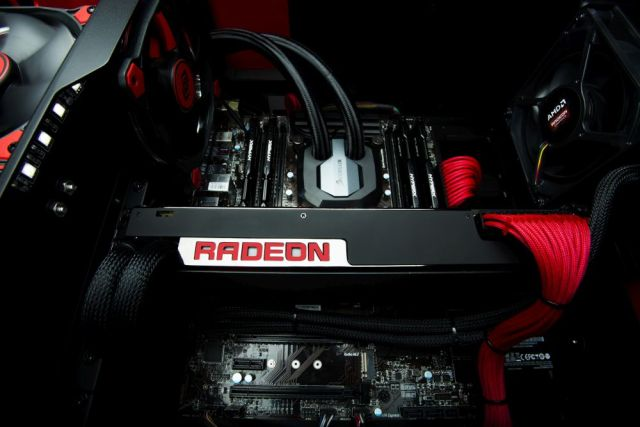 AMD-RadeonProDuo-1