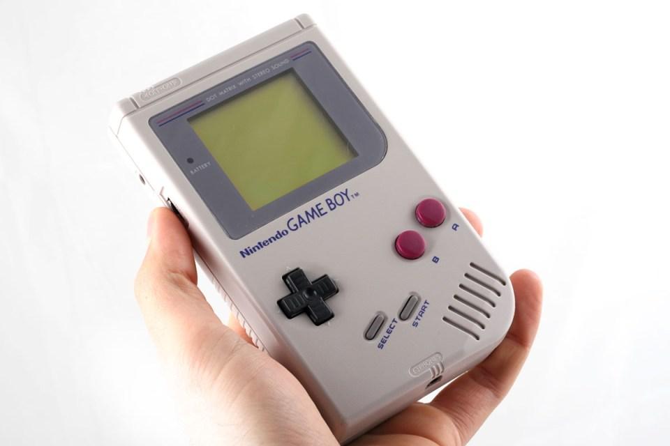 ¿Quién no ha jugado con la gameboy? Todos deseaban este gadget tecnologico