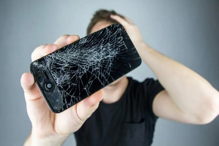 Repara tu mismo la pantalla de tu móvil