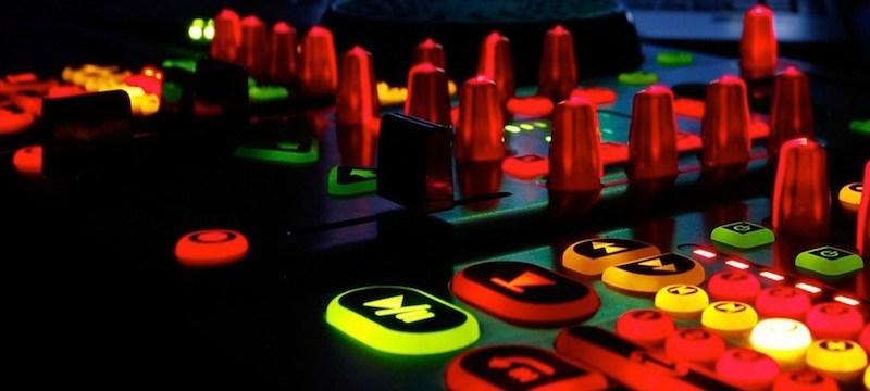 cuales son los 4 mejores controladores para DJ por menos de 100 euros a Junio de 2013
