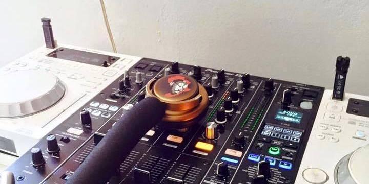Rumor- Posible imagen del nuevo mixer Pioneer DJM-900NXS2