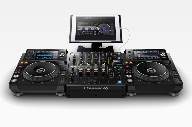 Pioneer-DJM-750MK2_XDJ-1000MK2_ipadpro_low_0728