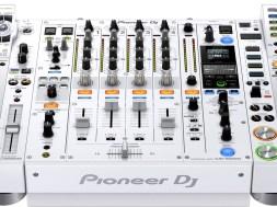 Pioneer-cdj-2000nxs2-w-set-djm-900nxs2-w