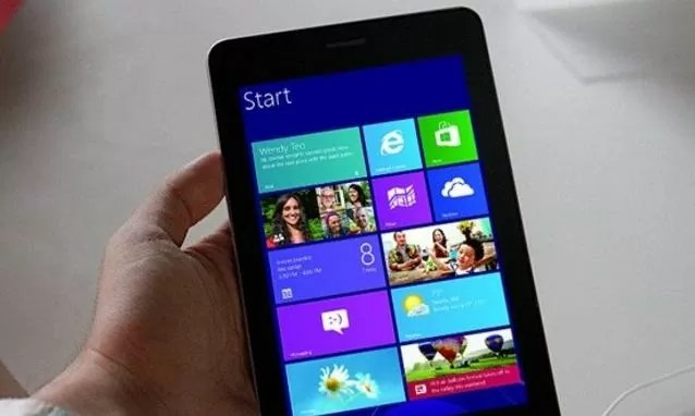 Microsoft Surface mini tablet