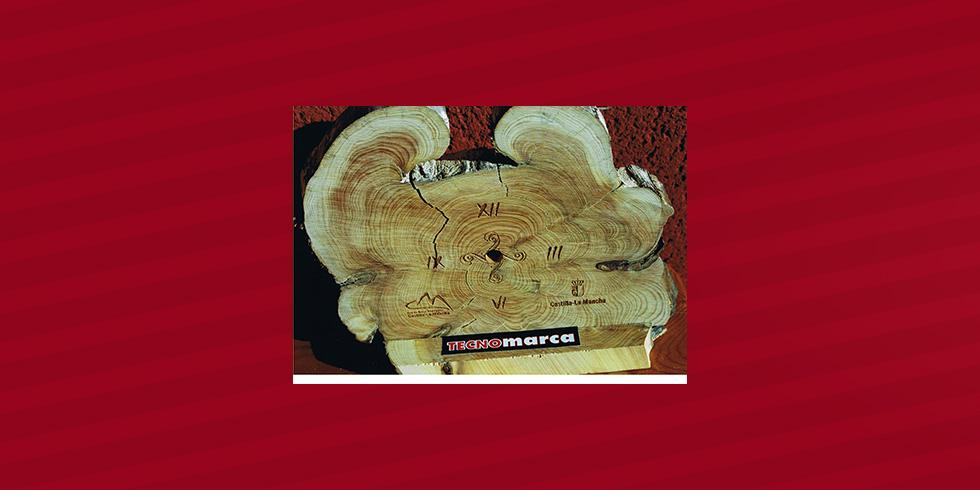 grabado láser madera reloj Castilla La Mancha