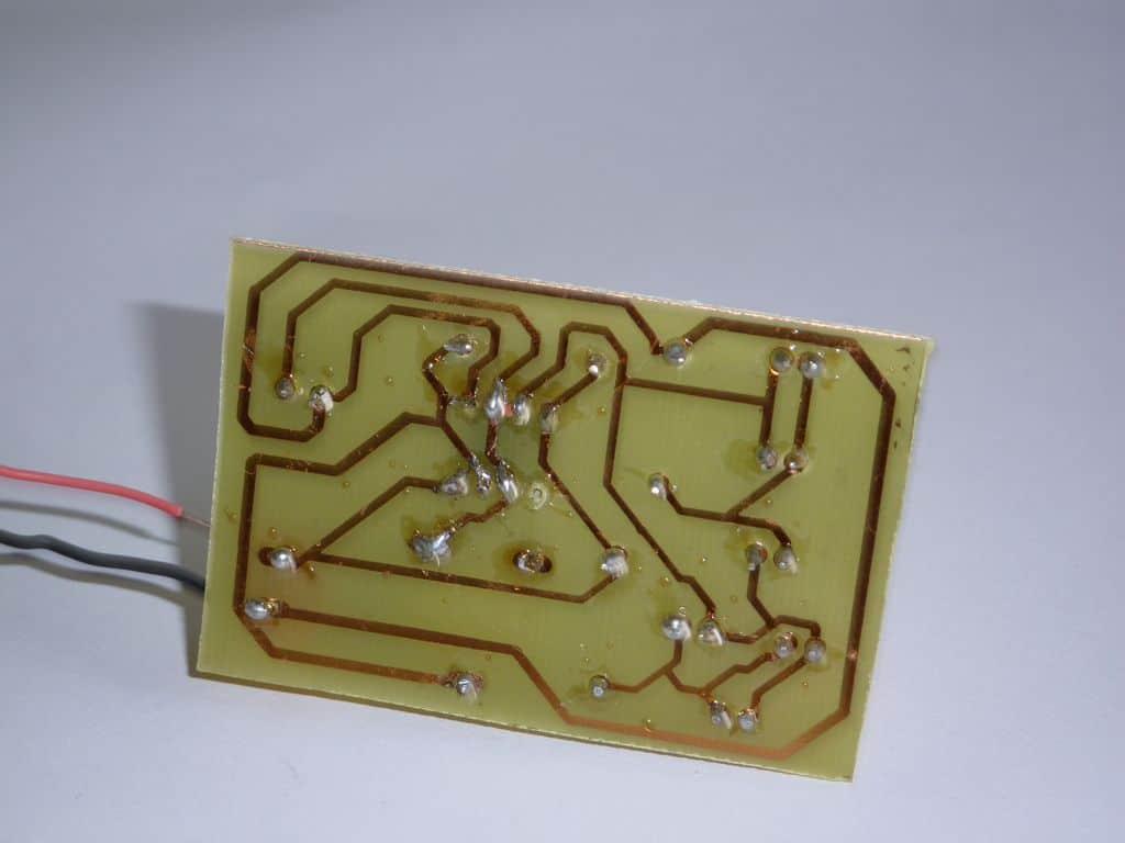 Circuito Led Intermitente : Circuito intermitente con diodos leds usando el integrado