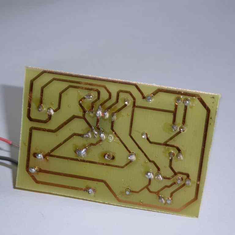 Circuito intermitente con diodos leds usando el integrado 555- Proyectos, Electrónica