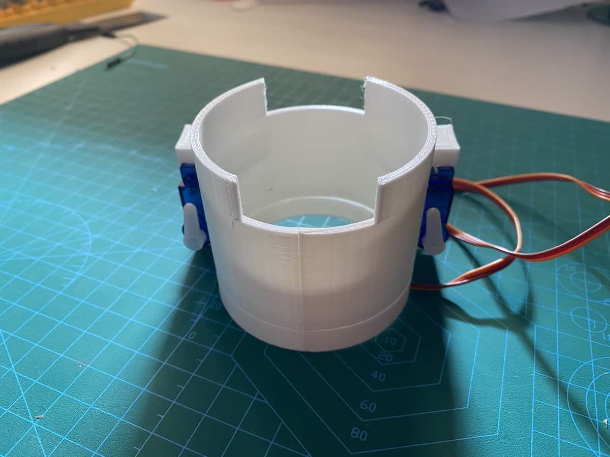 pieza soporte 3d para el prototipo del dispensador automático de gel hidroalcohol