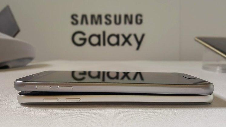 galaxy s7 galaxy s7 e s7 edge: samsung anuncia seu novo carro chefe Galaxy S7 e S7 Edge: Samsung anuncia seu novo carro chefe AndroidPIT Samsung Galaxy S7 vs S6 5 w782