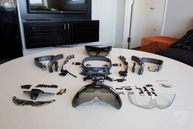 Hololens hololens desmontado: conheça o óculos de realidade aumentada por dentro Hololens desmontado: Conheça o óculos de realidade aumentada por dentro hololensteardown 13