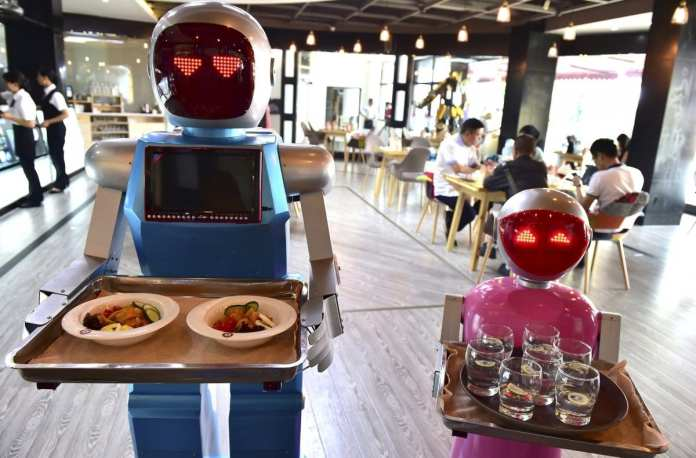 Tecnologia do Futuro tecnologia do futuro: 10 avanços que serão comuns nos próximos anos Tecnologia do Futuro: 10 avanços que serão comuns nos próximos anos robos restaurante tecnologia futuro 08