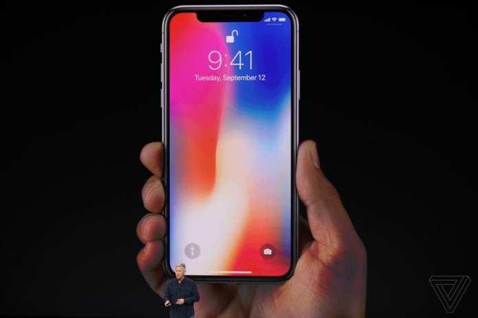 iPhone X com traseira de vidro e tela oled, apple anuncia os novos iphone 8, iphone 8 plus e iphone x Com traseira de vidro e tela OLED, Apple anuncia os novos iPhone 8, iPhone 8 Plus e iPhone X apple iphone 2017 20170912 11670