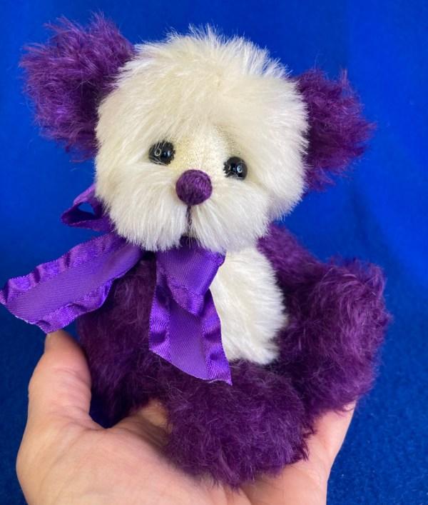 Concord Mohair Artist Teddy Bear by Laura Lynn
