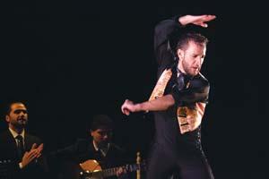 Manuel Liñán and his company mix traditional dance with modern experimentalism. Celia de Coca photo