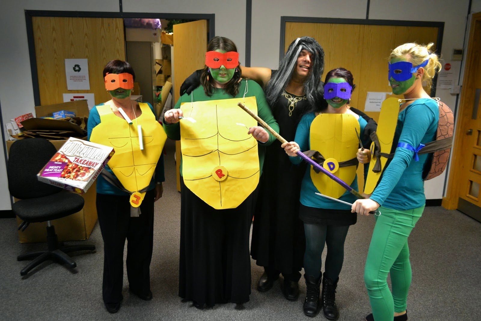 teenage mutant ninja turtles halloween costume at office dress up competition with brazilian colleague dressed as