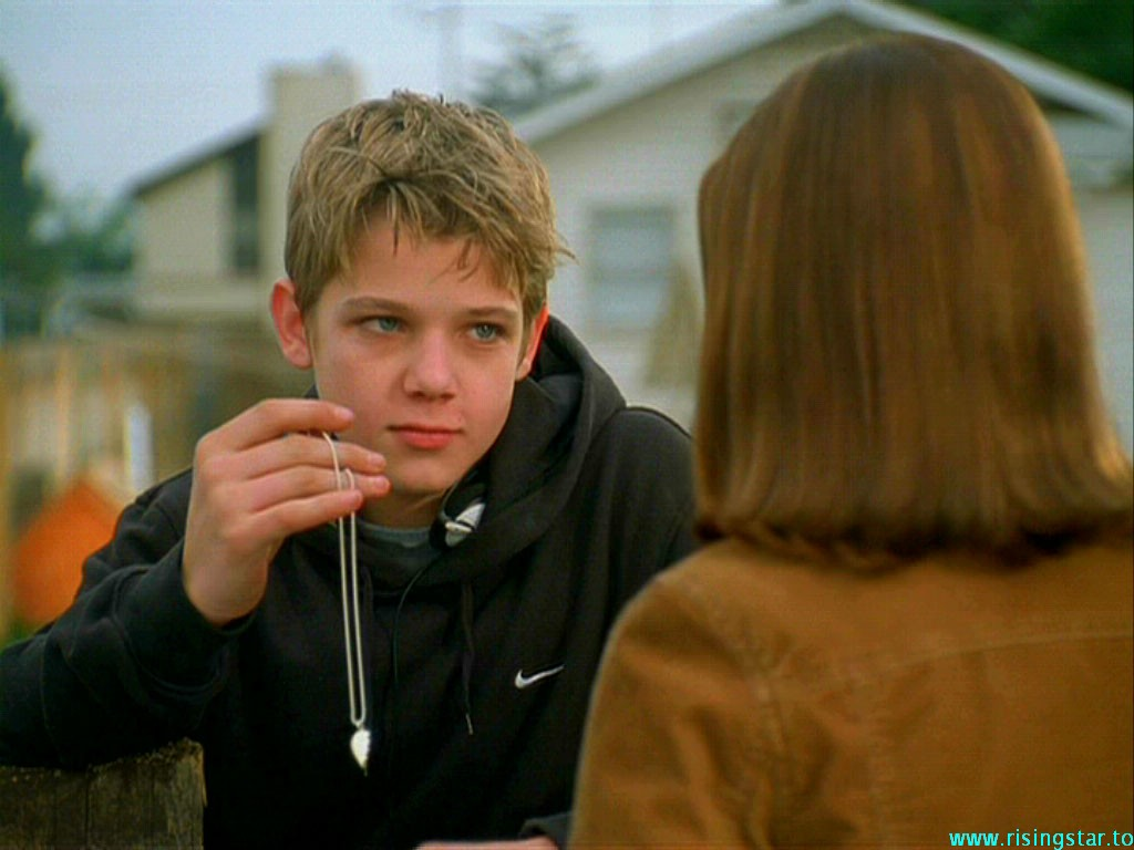 Max Thieriot in Catch That Kid