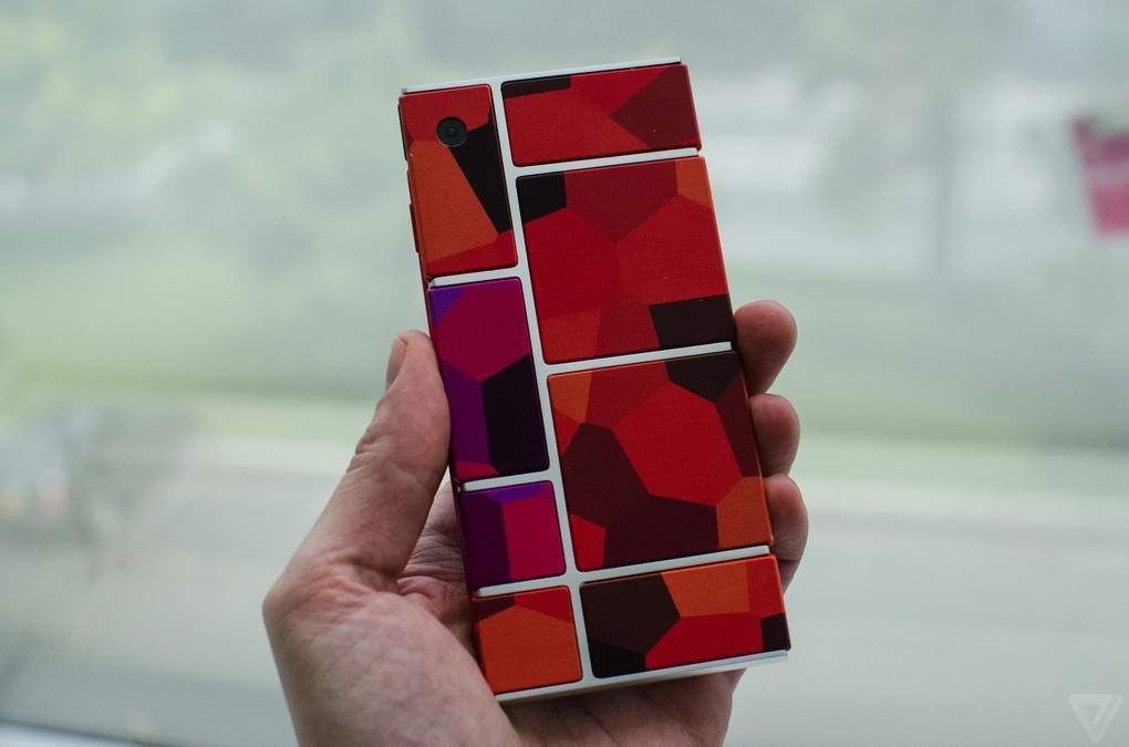 Project Ara 2 Hold Hand