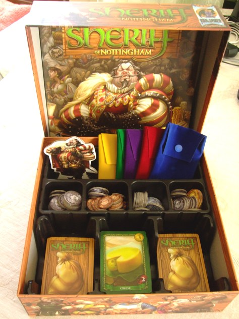 Sheriff of Nottingham (Arcane Wonders) - What's in the box? Source: https://boardgamegeek.com/image/2431484/sheriff-nottingham?size=original (Nuno Silva)