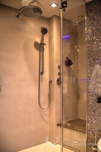 Grosse Dusche