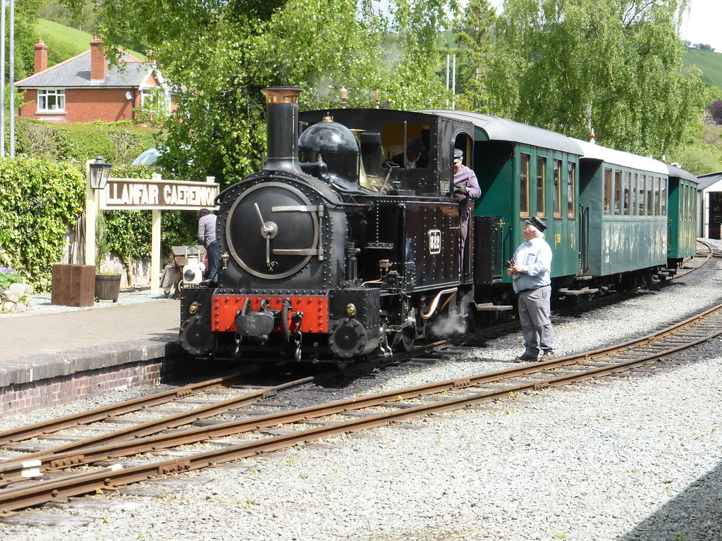 The Heritage Railways of Wales - Welshpool & Llanfair Light Railway