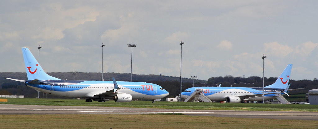 """TUI B738s Cardiff Airport"" by Jonathan Winton Photography is licensed under CC BY-ND 2.0"