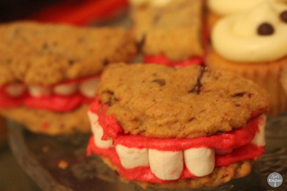 Halloween Teeth Cookies