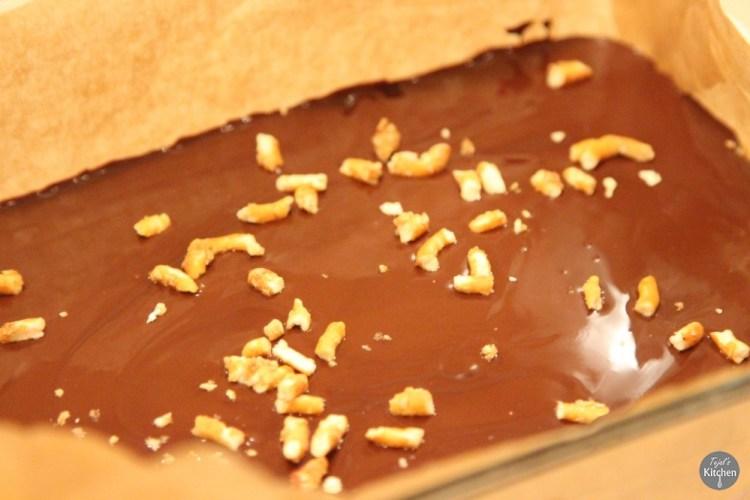 Pretz-Nut Chocolate Bars