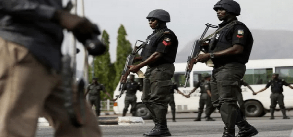 Nigerian Police for Rent; 38% of Police Protect 40k Citizens (0.022% of Population)
