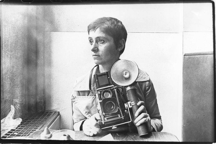 Diane Arbus in an Automat, New York, 1968. PHOTO: GETTY IMAGESDiane Arbus in an Automat, New York, 1968. PHOTO: GETTY IMAGES