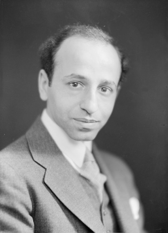 Karsh in 1936, by Jules-Alexandre Castonguay