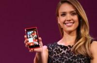 Atriz-Jessica-Alba-apresenta-Windows-Phone-8-size-620
