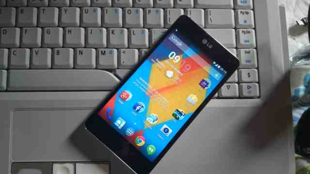 CyanogenMod 11 optimus g