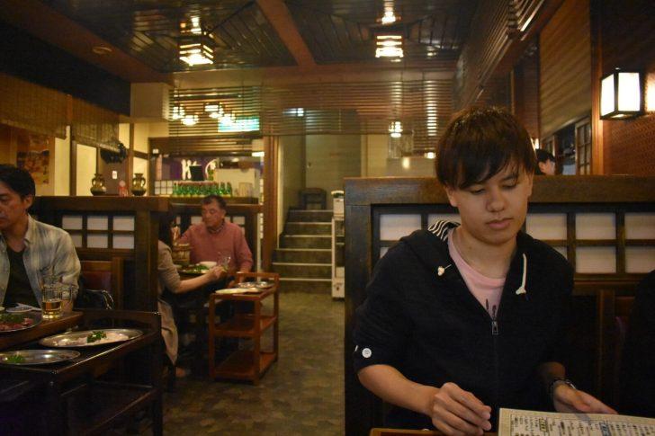 焼肉慶州の店内